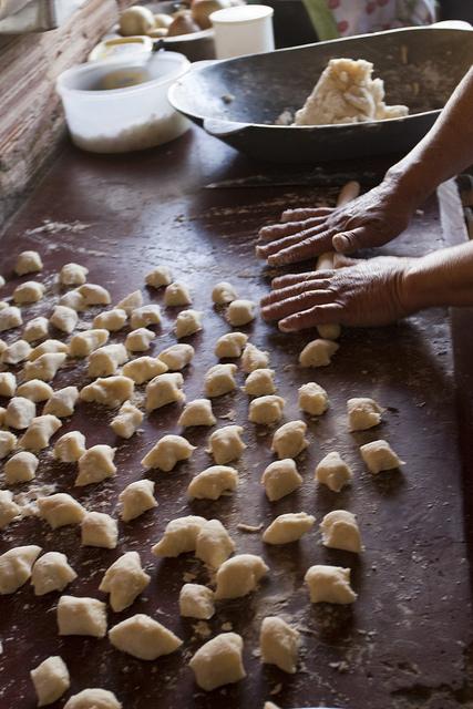 nhoque de aipim, farinhada. Foto Carolina Amorim