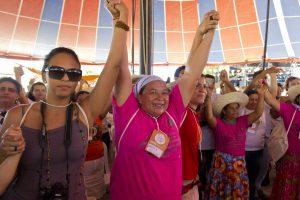 Uma grande ciranda fechou a atividade, marcando a posição de destaque das mulheres no movimento agroecológico. Foto: Fábio Caffe